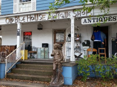 Old Blue House Antiques